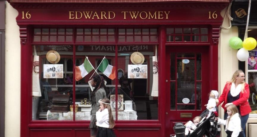 The Irish Surname Twomey / Toomey